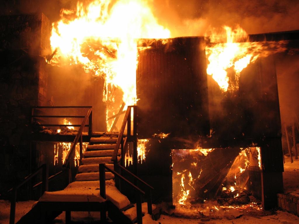 I fjor brant det opp verdier for over 260 millioner i hyttebranner. (Foto: iStockphoto.com).